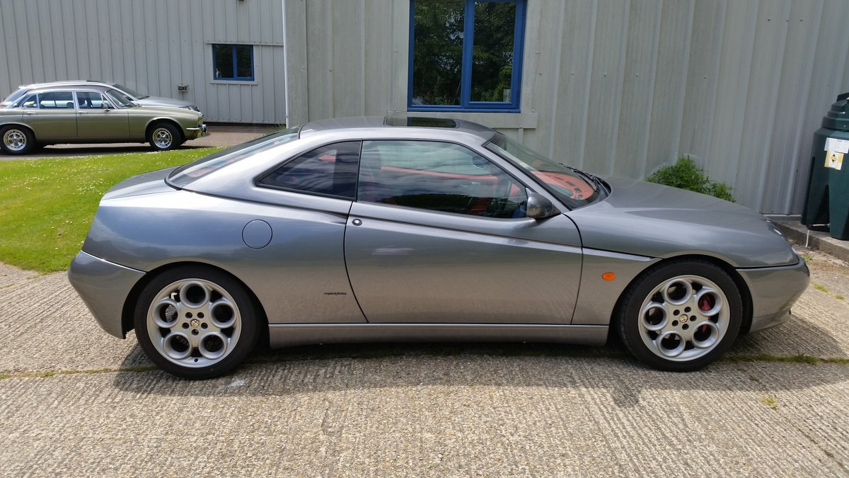 1999 Alfa Romeo GTV V6, Lusso spec with red leather For Sale (picture 1 of 6)