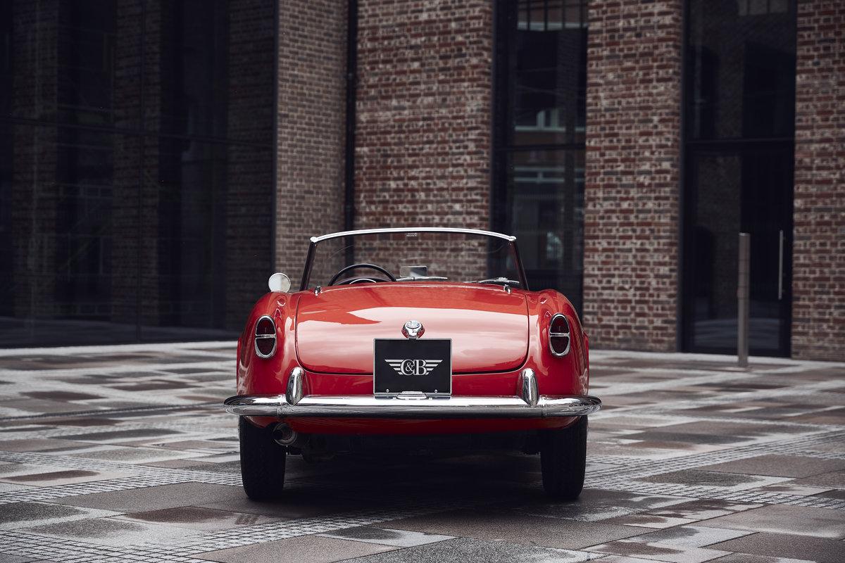 Alfa Romeo Giulietta Spider 1957 For Sale (picture 3 of 6)
