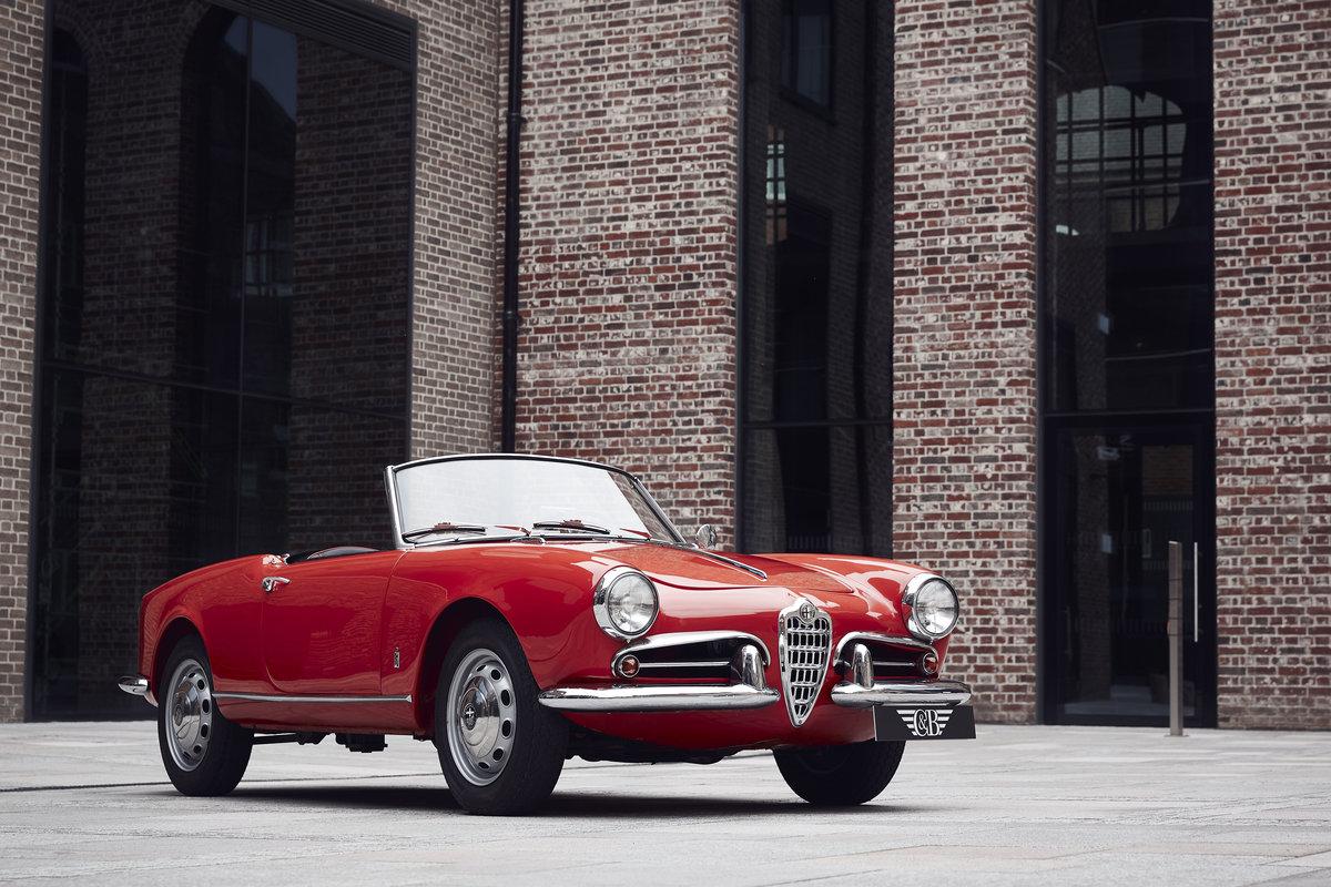 Alfa Romeo Giulietta Spider 1957 For Sale (picture 1 of 6)