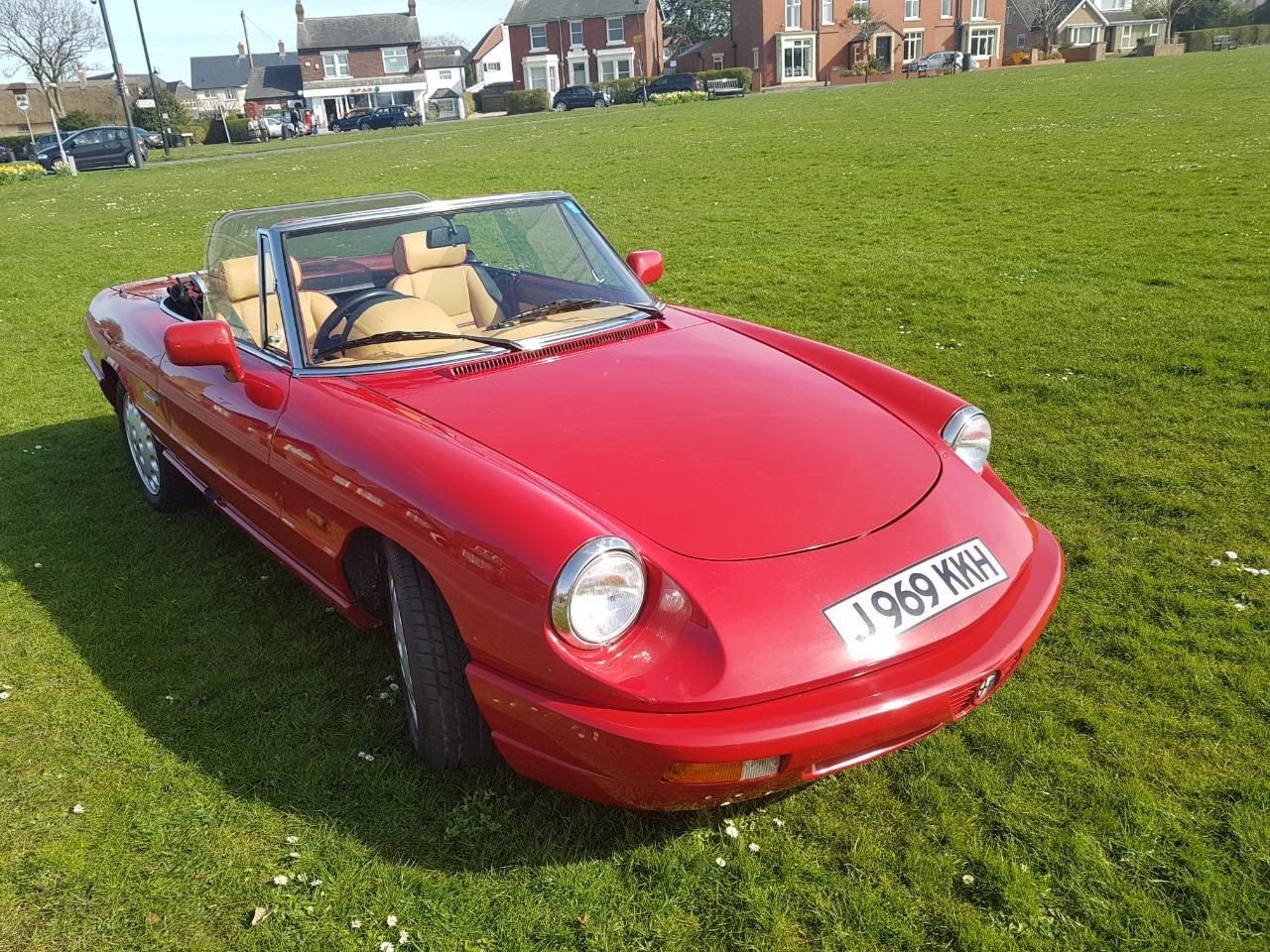 1992 Fantastic Alfa Spider S4 RHD For Sale (picture 2 of 6)
