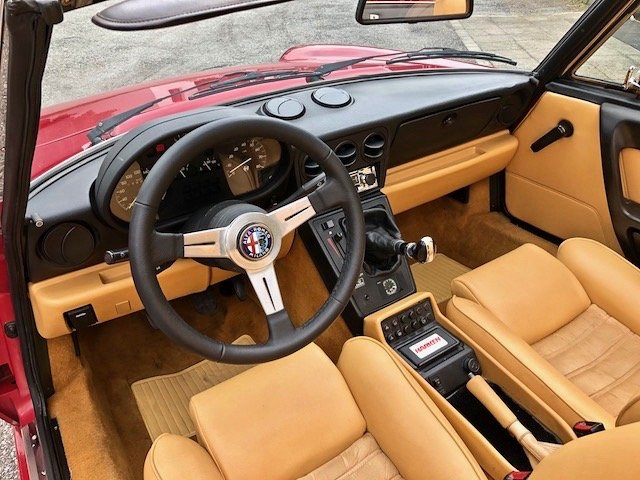 1992 Alfa Romeo - Spider 2.0i S4 - Only one owner For Sale (picture 4 of 6)
