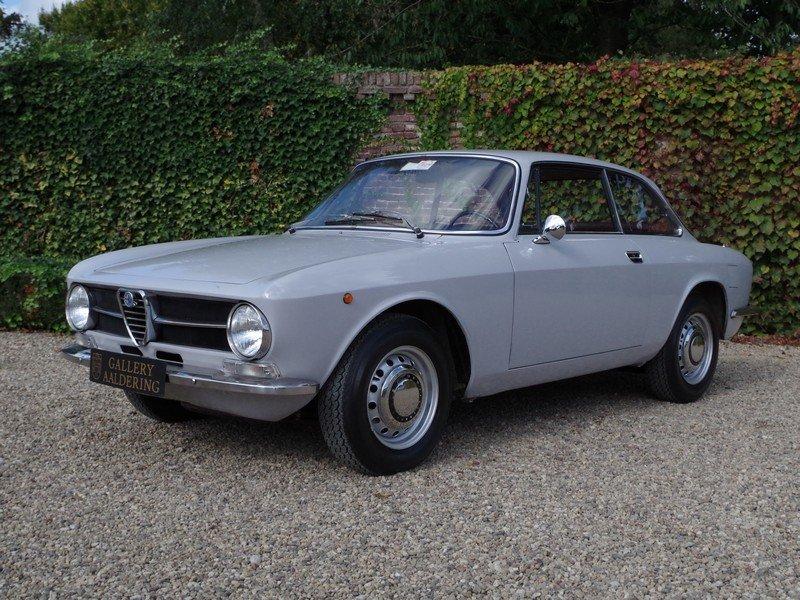 1971 Alfa Romeo 1300 GT superb original condition!!! For Sale (picture 1 of 6)