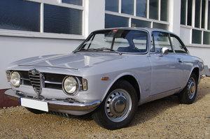 1967 Alfa Romeo Giulia GT 1300 Junior *restored* UK delivery poss SOLD