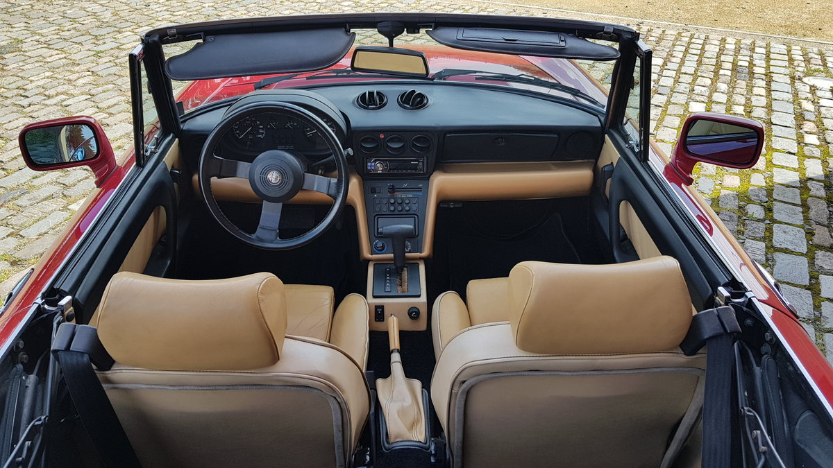 1991 ALFA ROMEO SPIDER 2.0 S4 VELOCE LHD CONVERTIBLE CABRIOLET *  For Sale (picture 4 of 6)