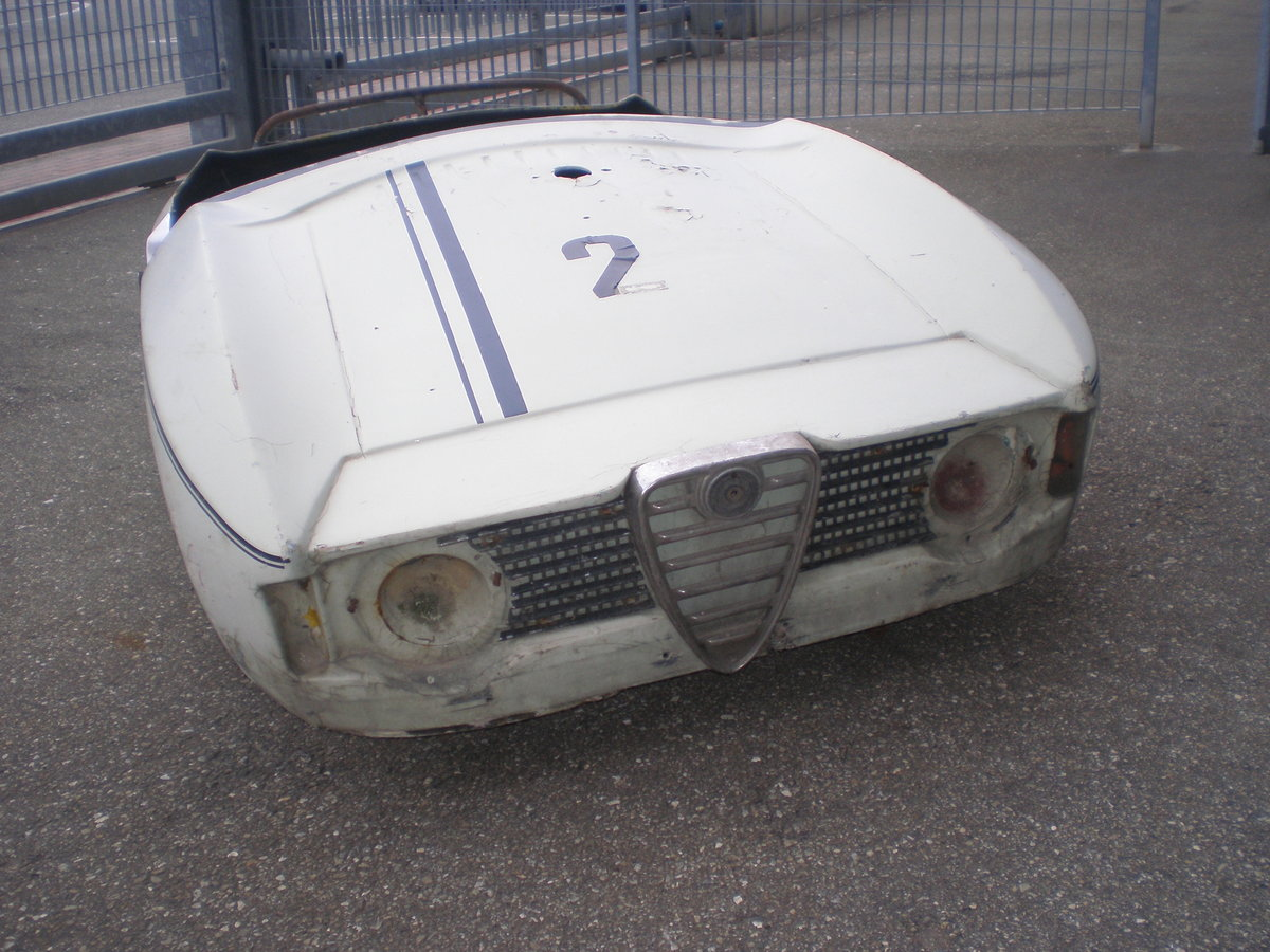 Giulia sprint GT scalino SOLD (picture 2 of 5)