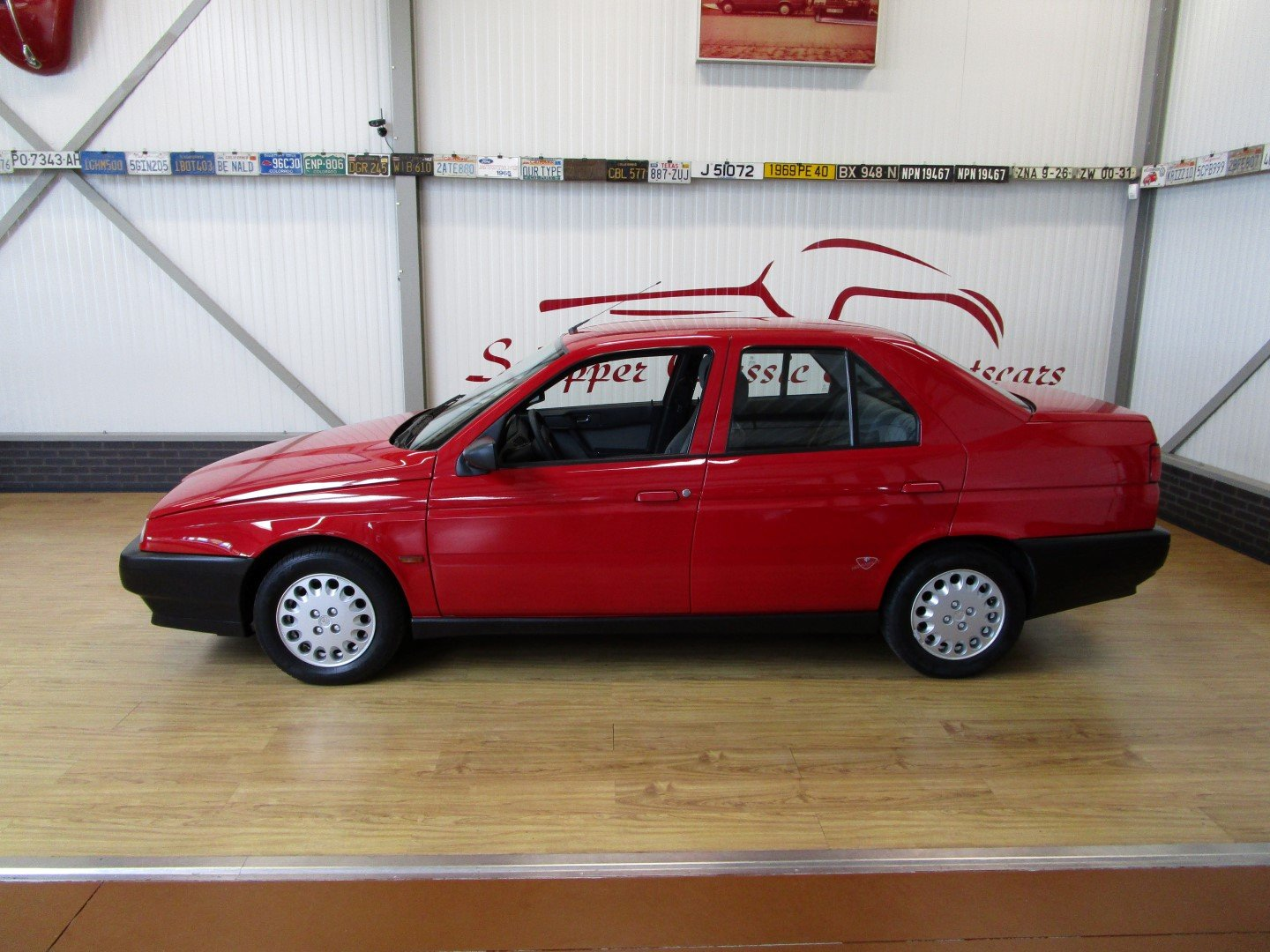 1995 Alfa Romeo 155 1.8L Twin Spark Rosso Second Owner For Sale (picture 2 of 6)