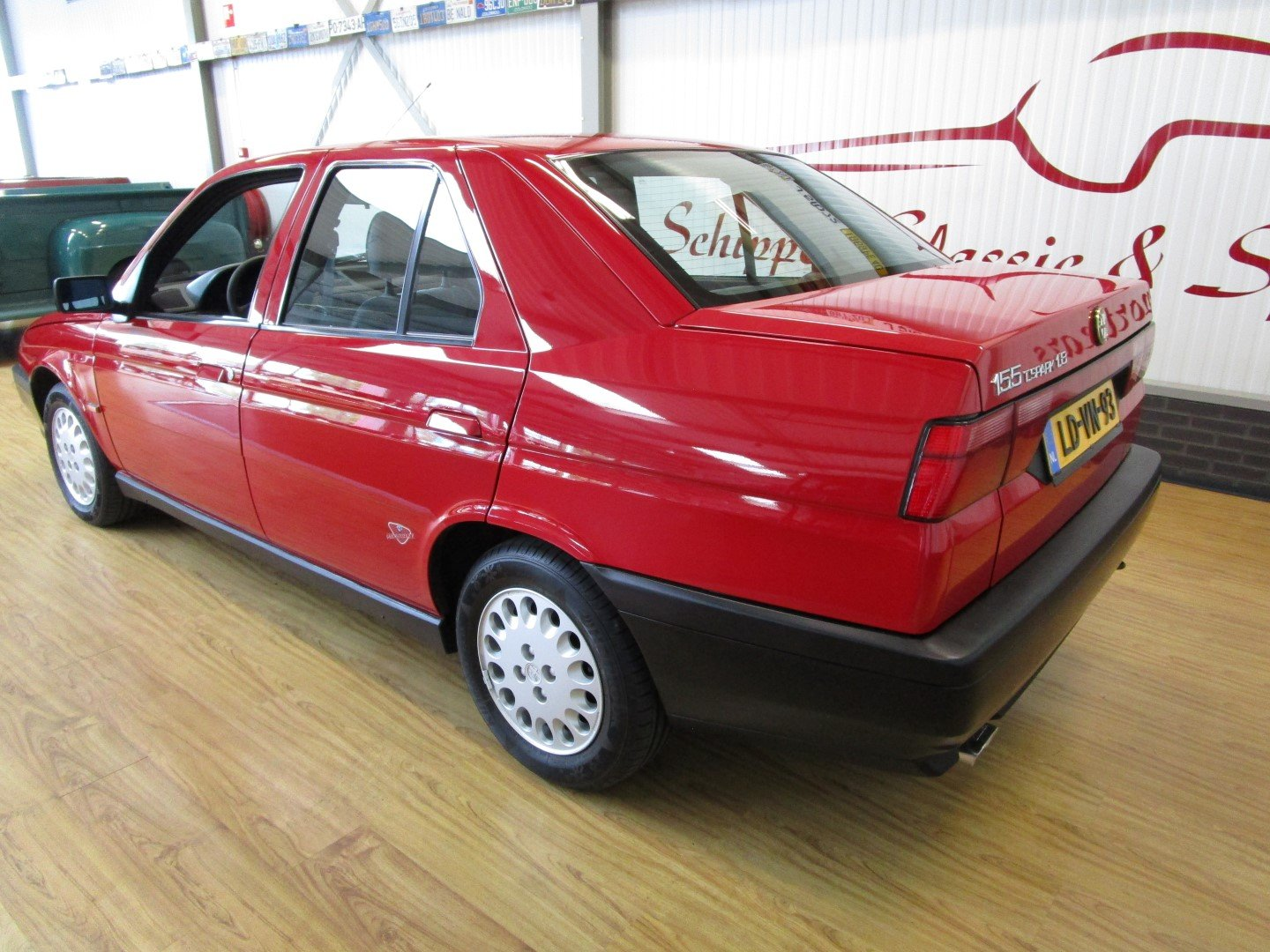 1995 Alfa Romeo 155 1.8L Twin Spark Rosso Second Owner For Sale (picture 3 of 6)