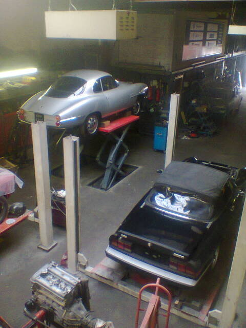 AlfaRomeo 2000GTV and Kammtail Spiders for sale   (picture 3 of 5)