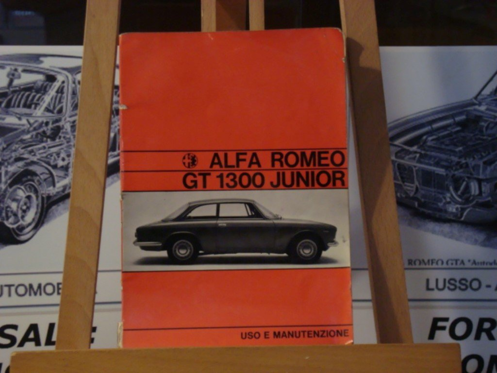 1971 Alfa romeo GT 1300 junior instruction book For Sale (picture 1 of 3)