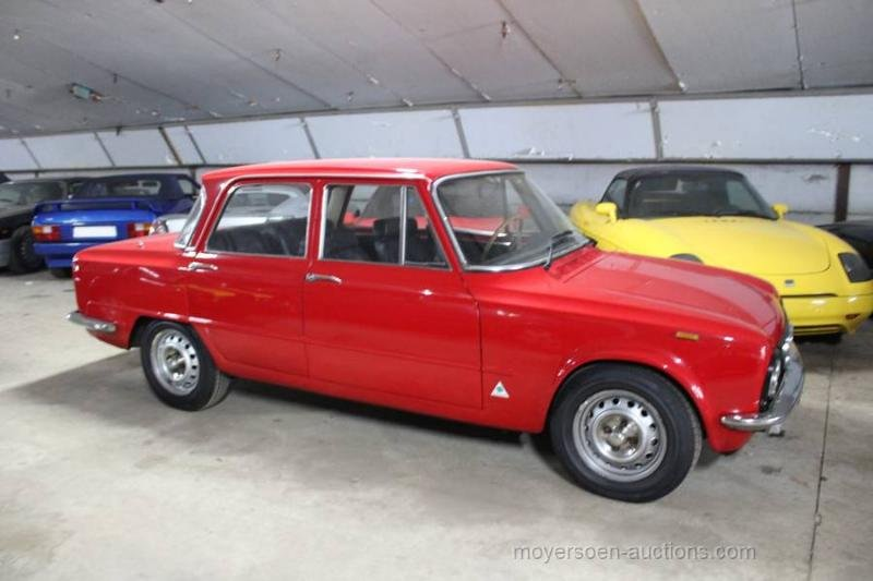 1974 ALFA ROMEO Gulia Nuova Super 1300 Lusso  For Sale by Auction (picture 2 of 6)