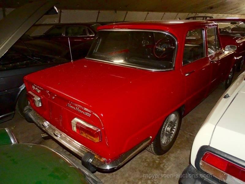 1977 ALFA ROMEO Giulia Nuova Super 1600 Lusso  For Sale by Auction (picture 2 of 6)