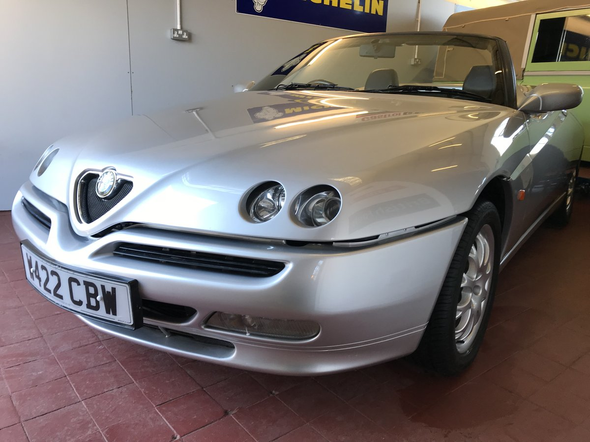 2000 Immaculate Alfa Spider T-Spark SOLD (picture 2 of 6)