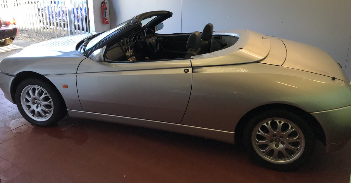 2000 Immaculate Alfa Spider T-Spark SOLD (picture 6 of 6)