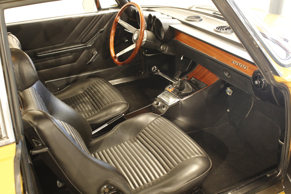 1972 Alfa Romeo 2000 GT Veloce  For Sale (picture 5 of 6)