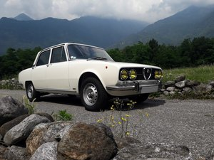 1973 Pristine alfa 2000 berlina bertone, 76 k km! For Sale