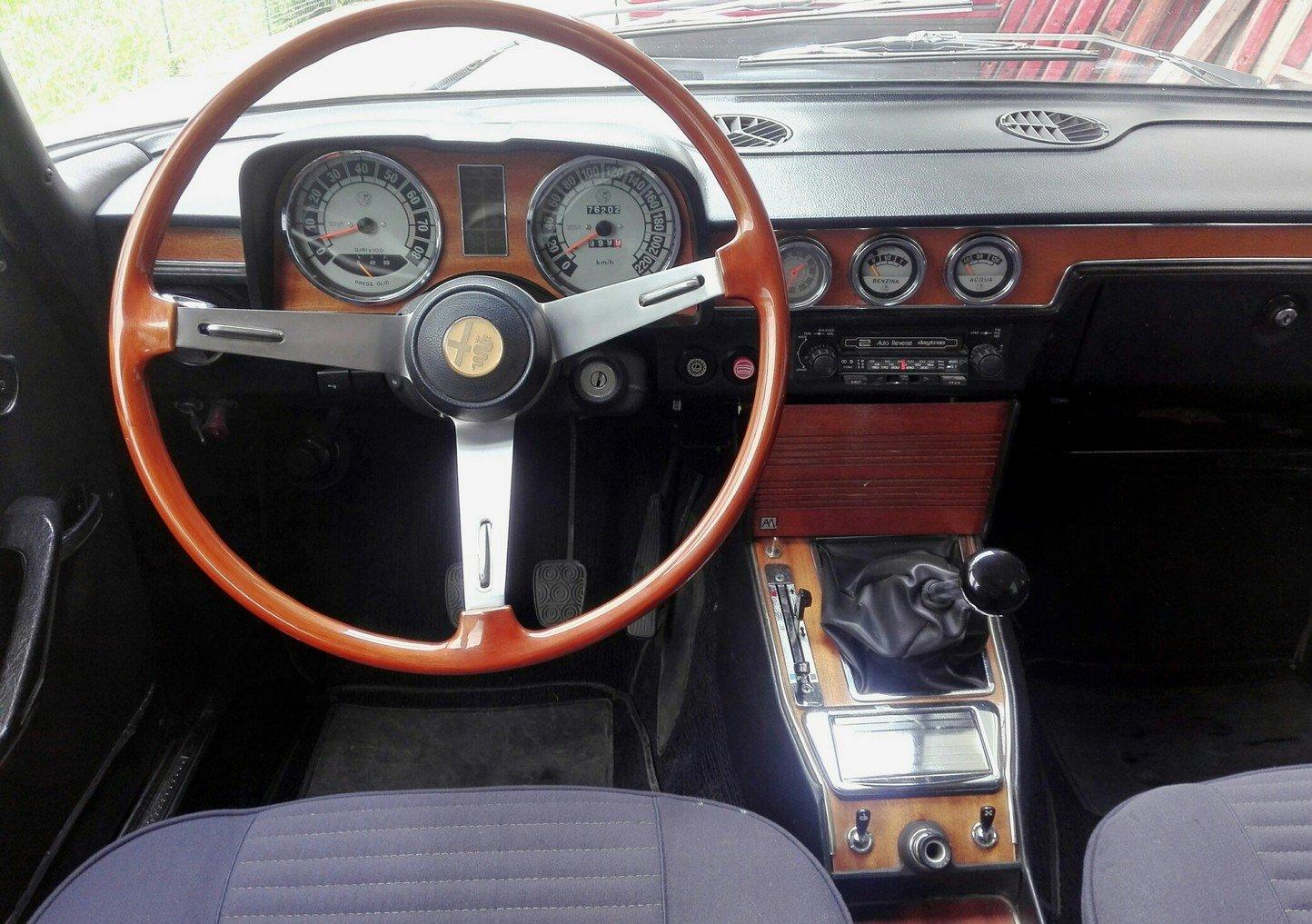 1973 Pristine alfa 2000 berlina bertone, 76 k km! For Sale (picture 5 of 6)
