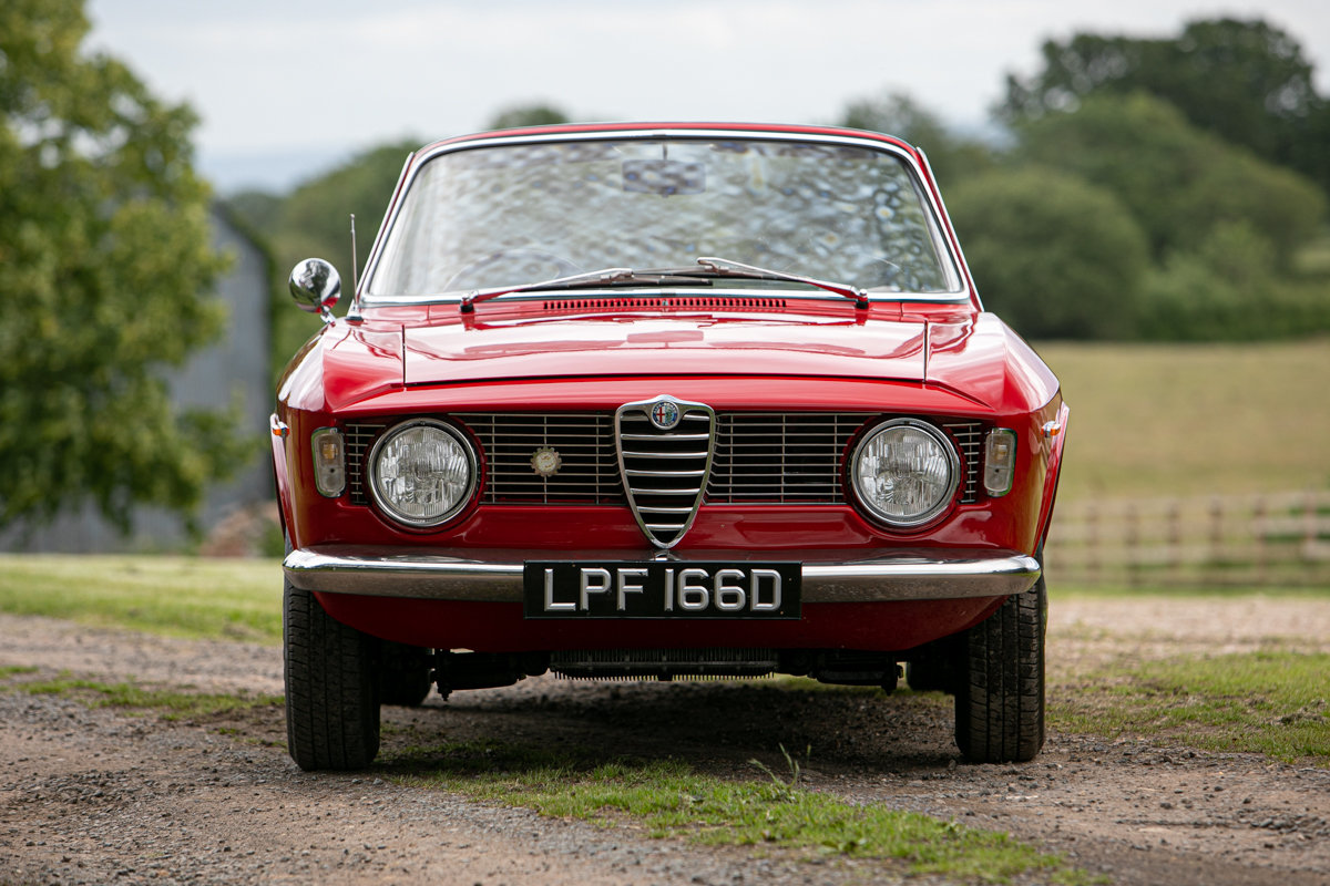 1966 Alfa Romeo Giulia GTC SOLD by Auction (picture 1 of 6)