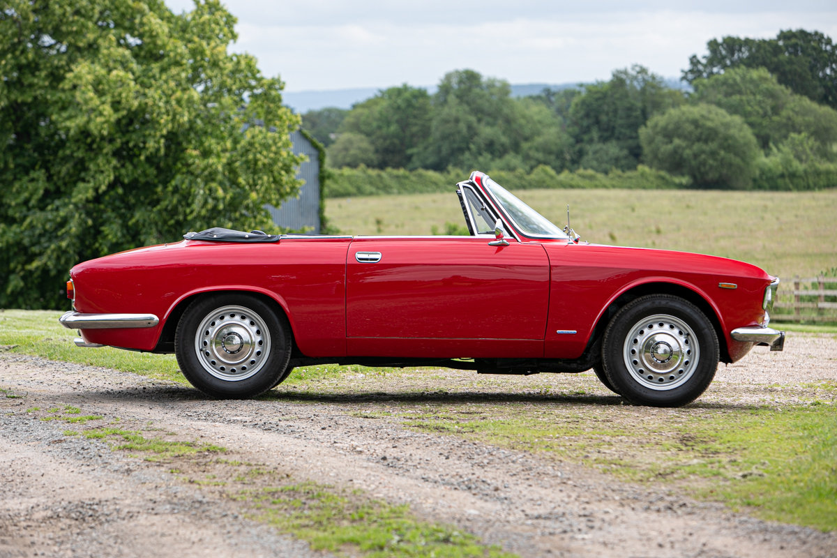 1966 Alfa Romeo Giulia GTC SOLD by Auction (picture 2 of 6)