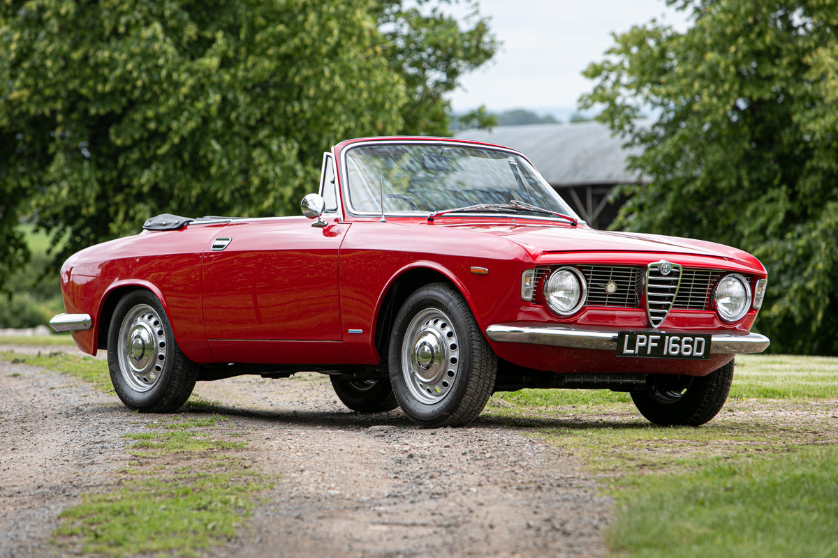 1966 Alfa Romeo Giulia GTC SOLD by Auction (picture 3 of 6)
