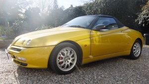 2002 Alfa Romeo Spider 916 V6 Zoe Yellow For Sale
