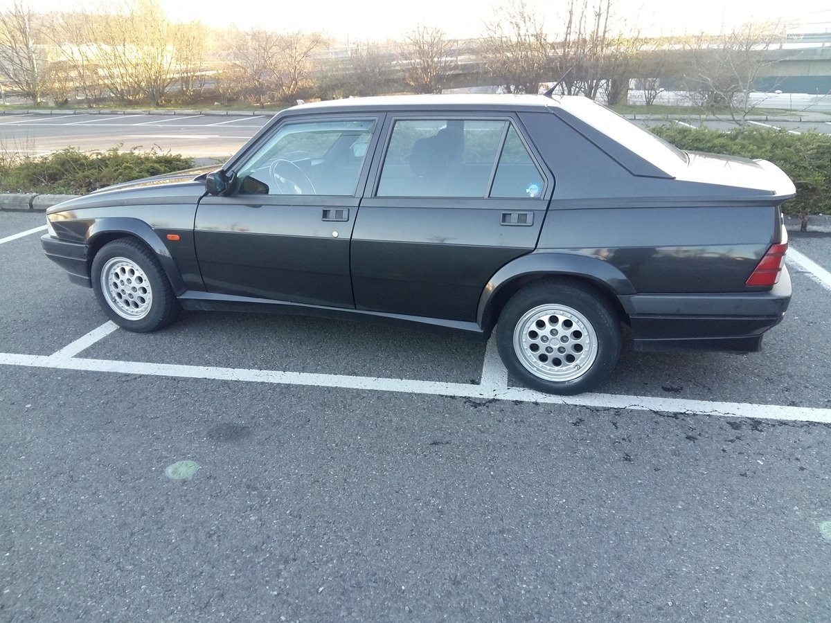 1991 Alfa Romeo 75 Twin Spark Limited For Sale (picture 3 of 6)