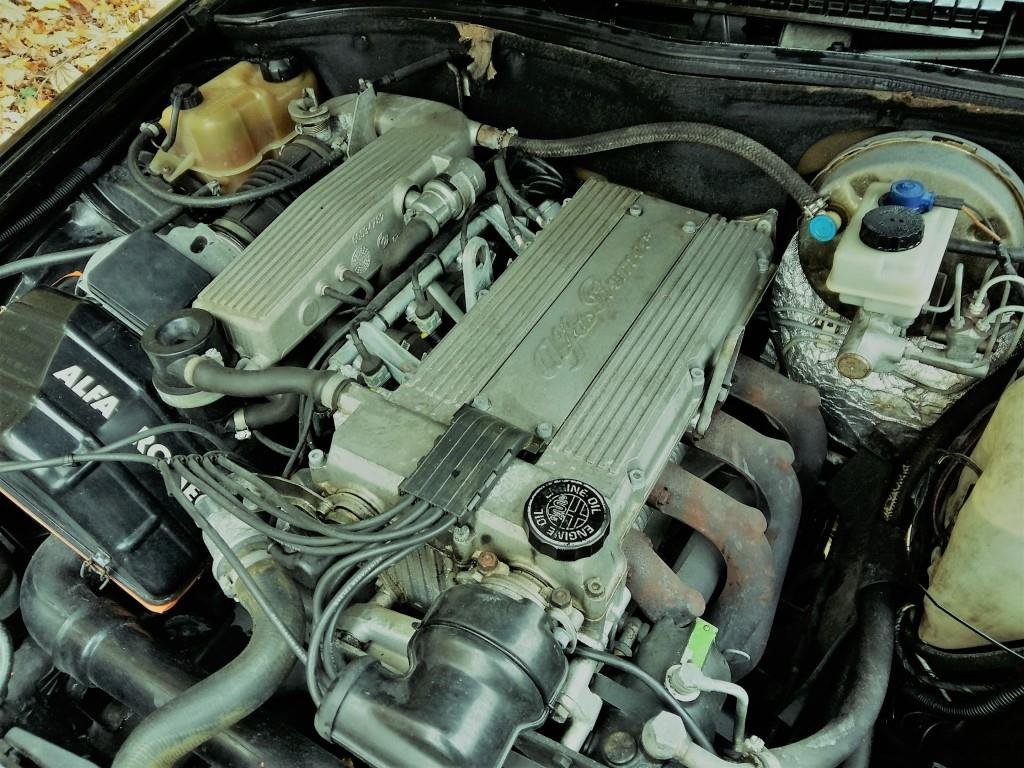 1991 Alfa Romeo 75 Twin Spark Limited For Sale (picture 4 of 6)