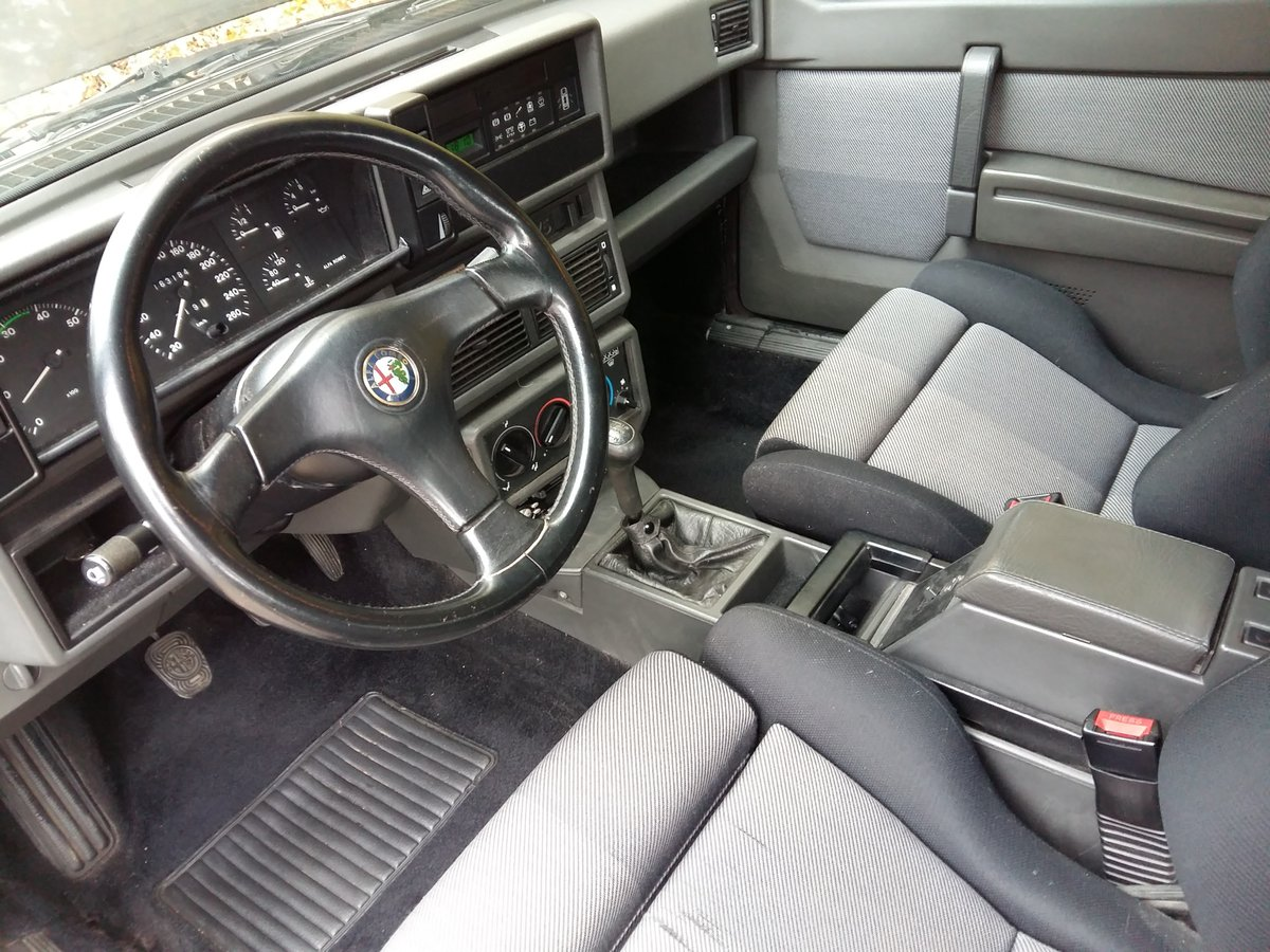 1991 Alfa Romeo 75 Twin Spark Limited For Sale (picture 5 of 6)