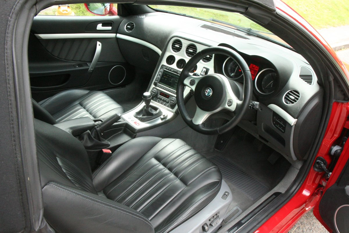 2007 Alfa Romeo Spider 3.2 JTS Q4 manual type 939 For Sale (picture 3 of 6)