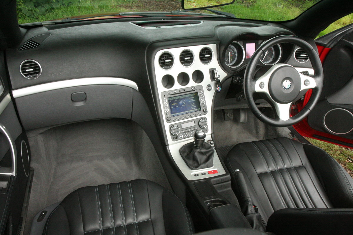 2007 Alfa Romeo Spider 3.2 JTS Q4 manual type 939 For Sale (picture 5 of 6)