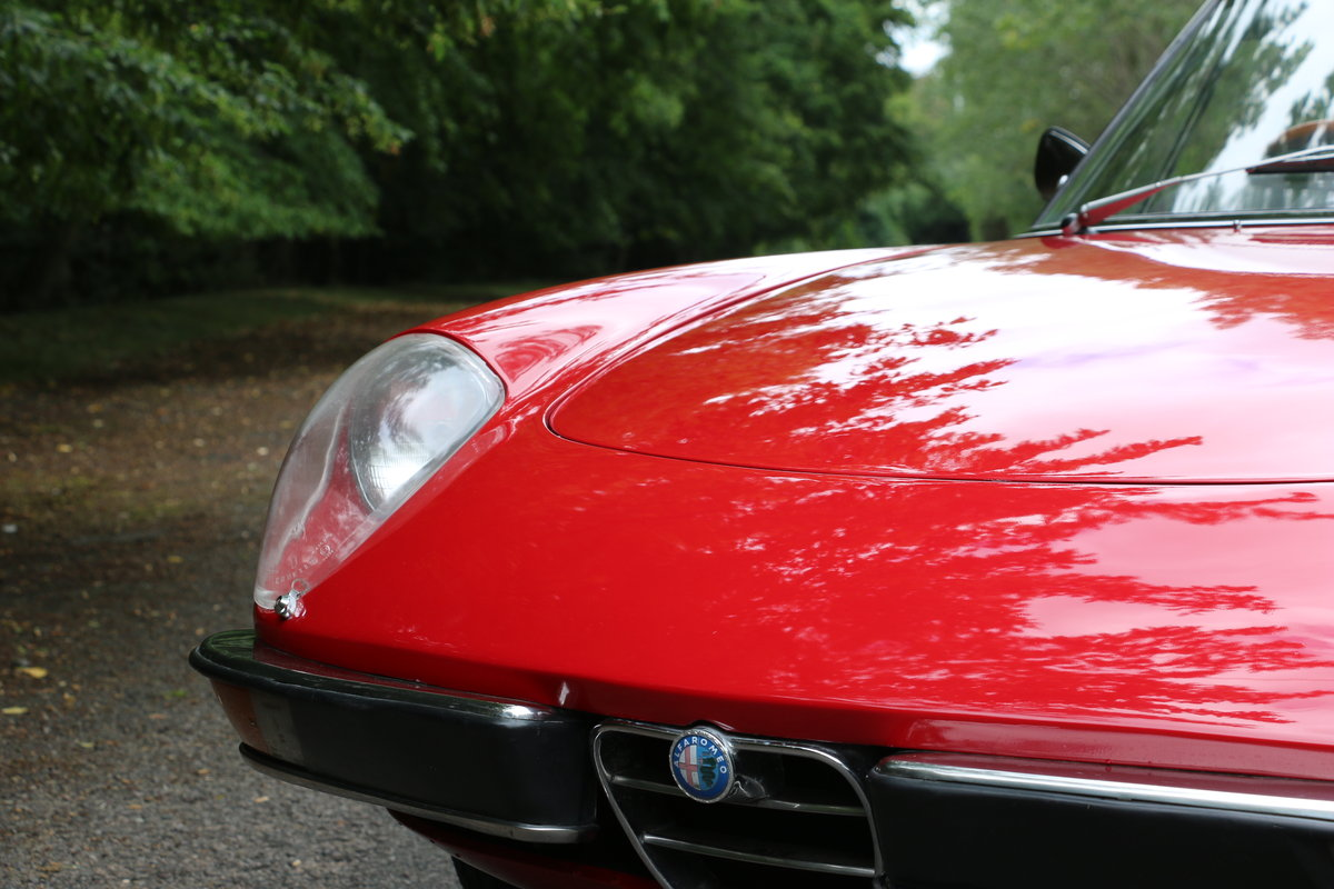 1965 Alfa Romeo 2000 Spider for self drive hire For Hire (picture 4 of 6)