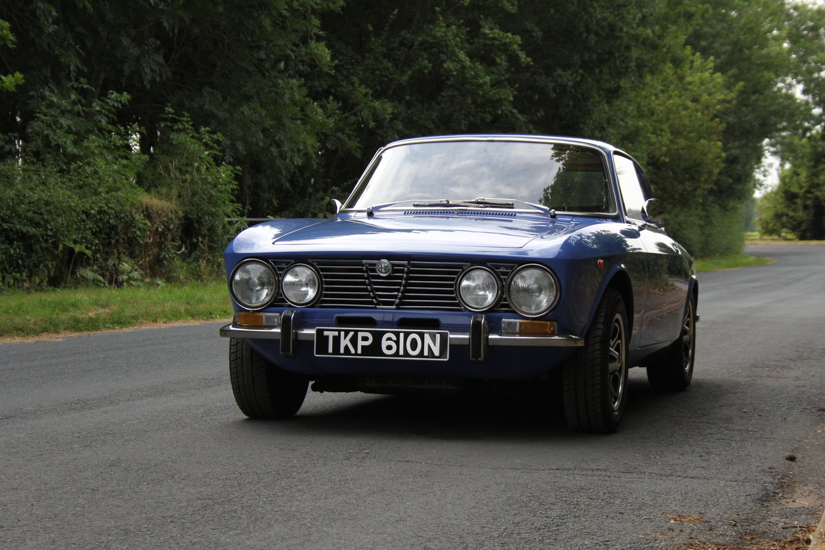 1974 Alfa Romeo 2000 GT Veloce - UK Car - 54,000 miles  SOLD (picture 3 of 20)