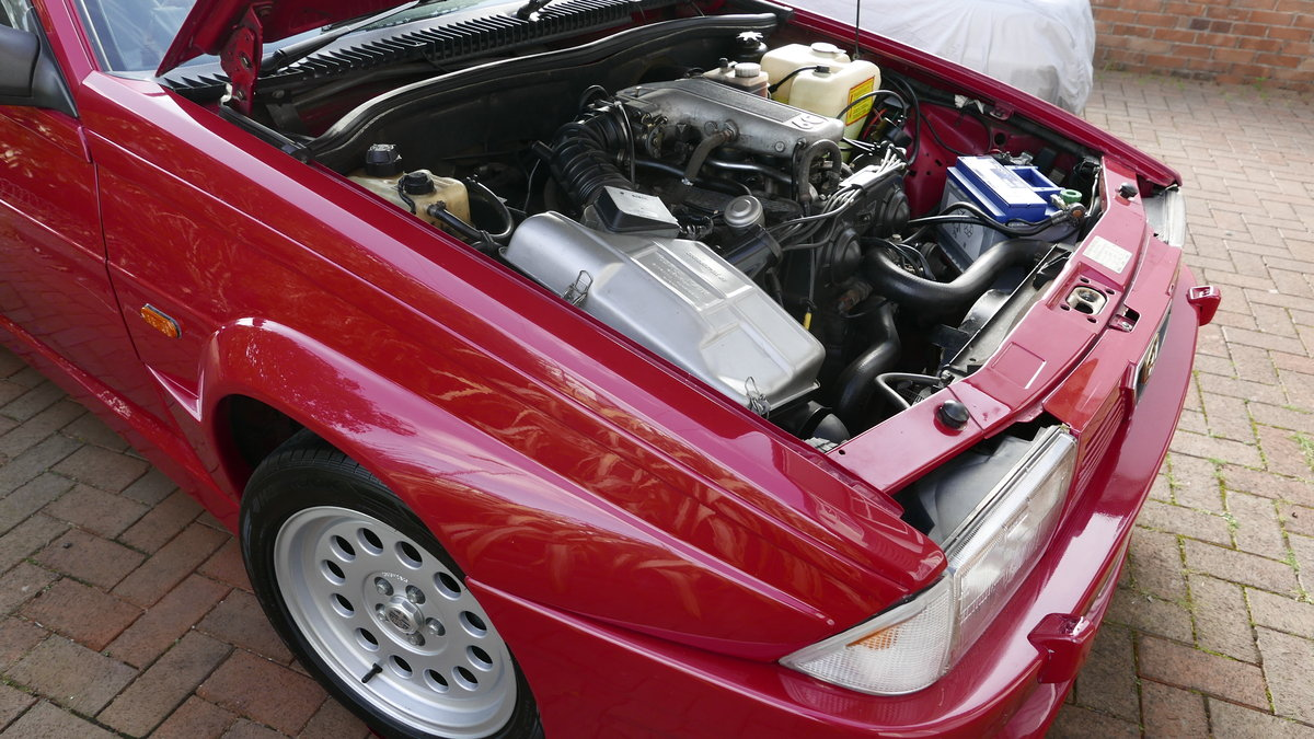 1988 Alfa Romeo 75 3.0 6V Veloce For Sale (picture 4 of 6)
