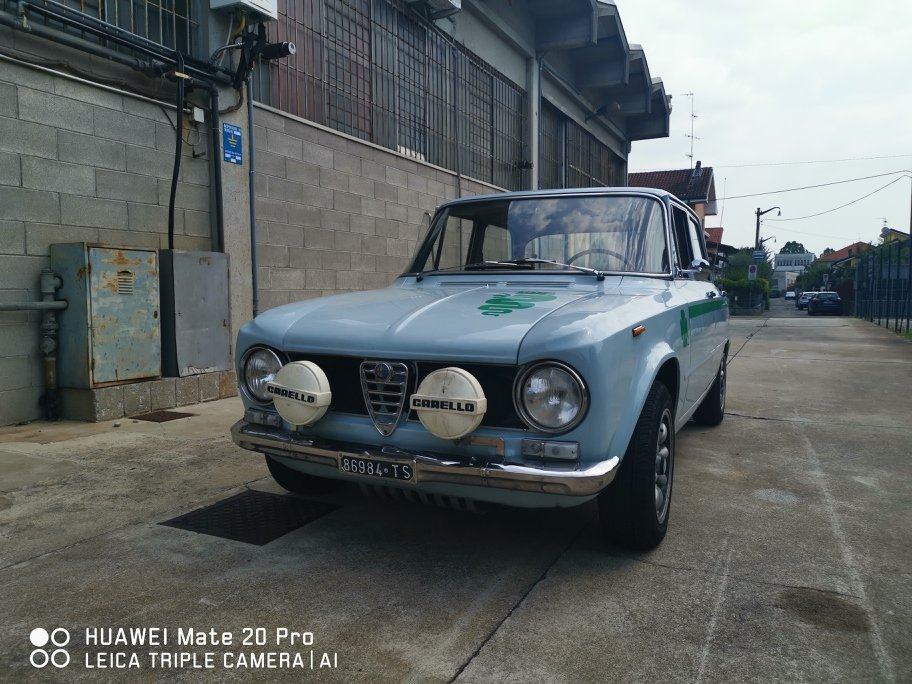 1966 superb giulia 1300 1750engine For Sale (picture 1 of 6)