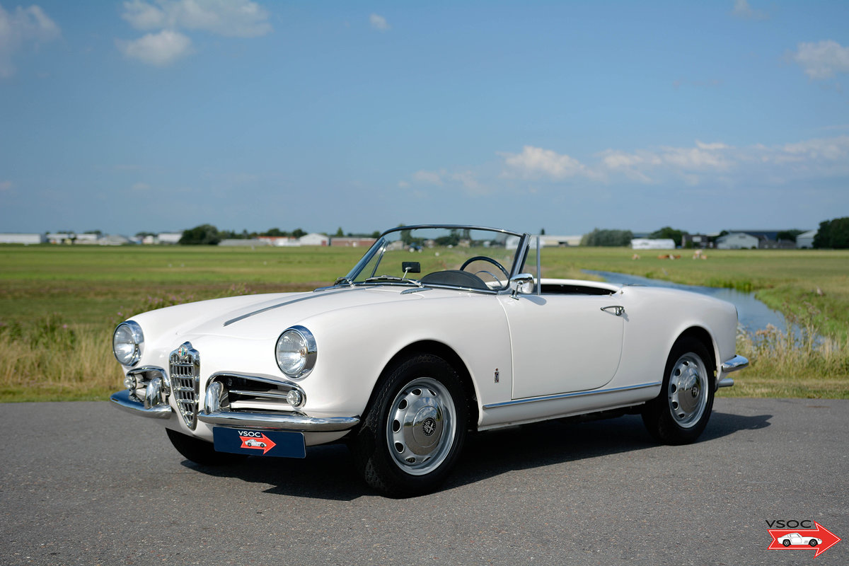 Alfa Romeo Giulietta Spider 1959 matching numbers For Sale (picture 1 of 6)