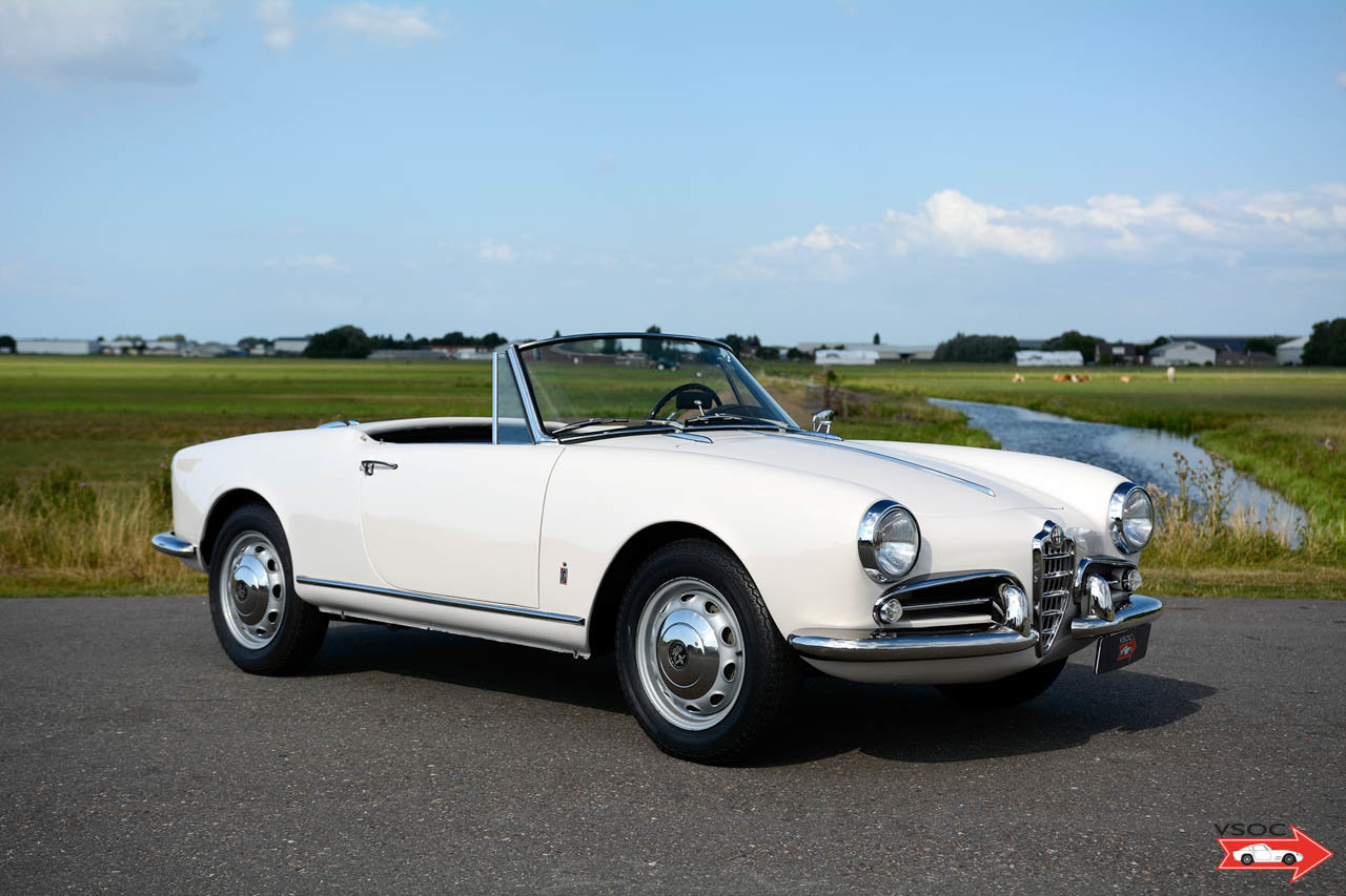 Alfa Romeo Giulietta Spider 1959 matching numbers For Sale (picture 3 of 6)