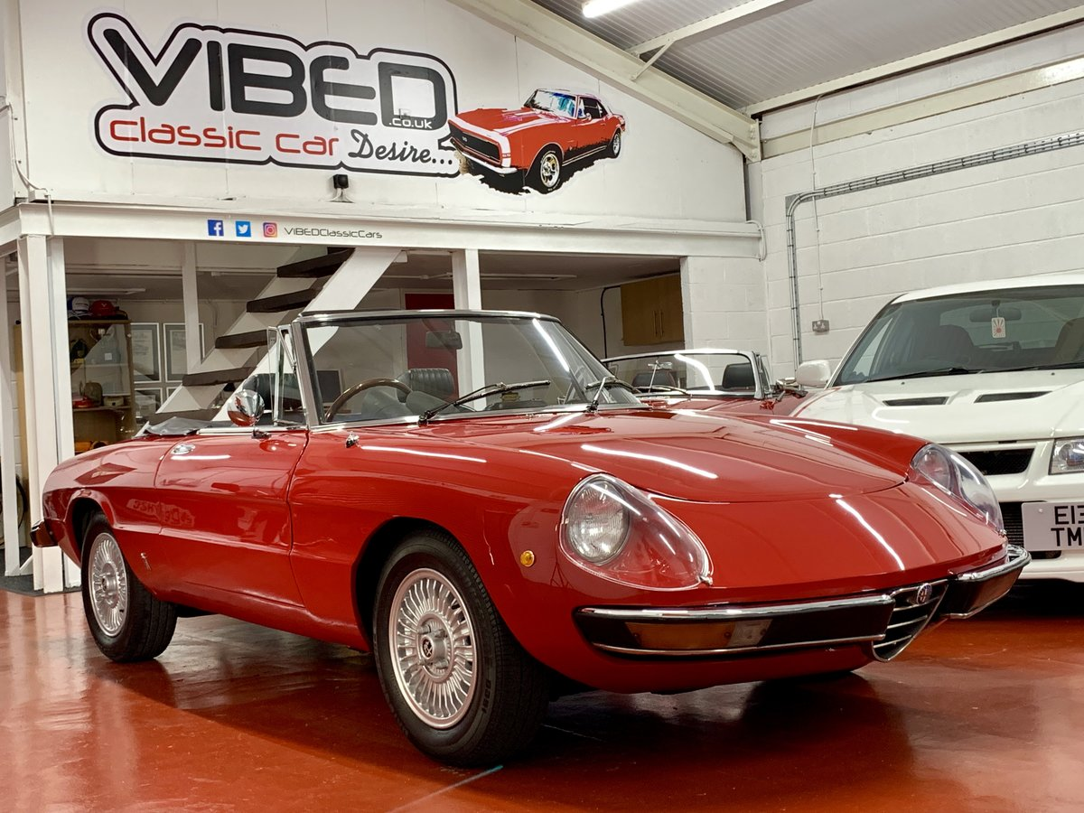 Alfa Romeo 2000 Spider Veloce Kamm Tail S2 1974 // UK RHD For Sale (picture 1 of 6)
