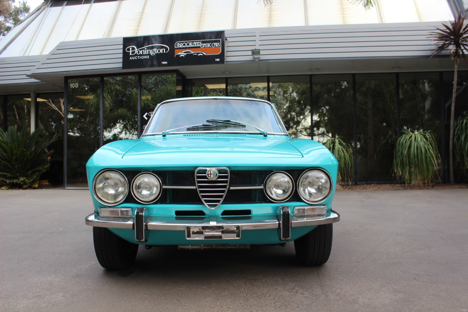 Alfa Romeo 1750 GT 1972 For Sale (picture 2 of 6)