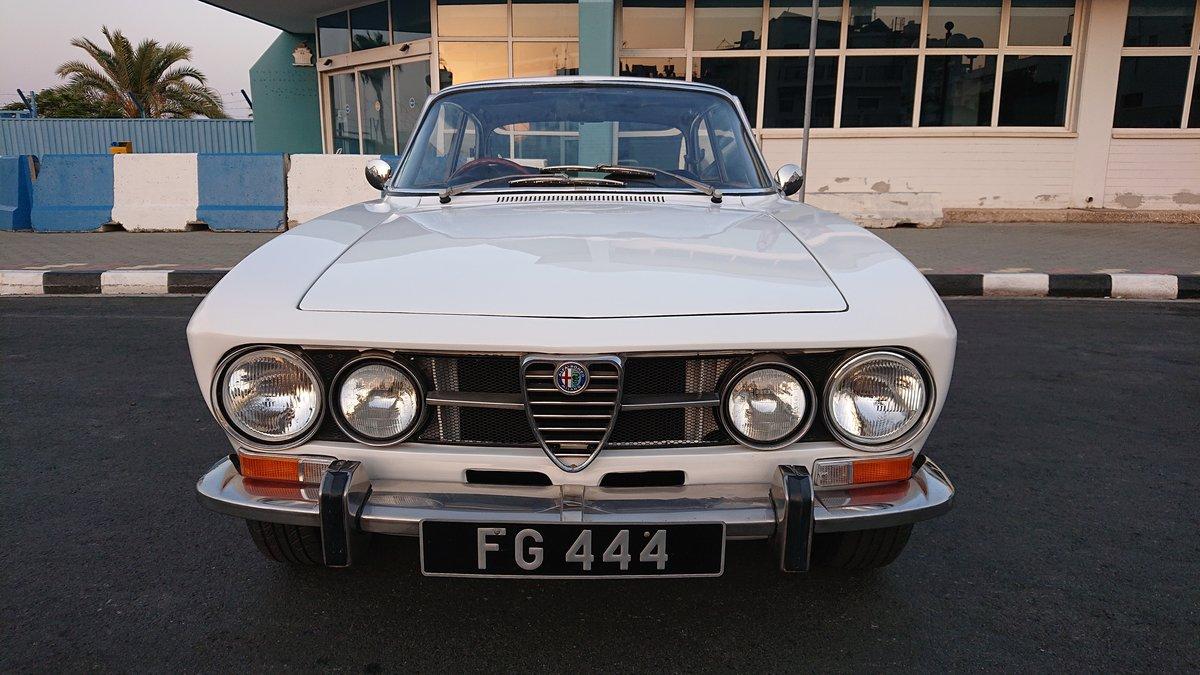 1971 Alfa romeo 1750 gtv veloce mk2 coupe rhd For Sale (picture 2 of 6)