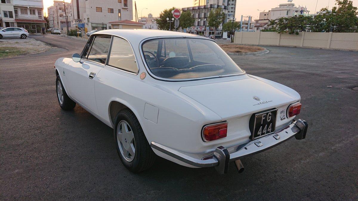 1971 Alfa romeo 1750 gtv veloce mk2 coupe rhd SOLD (picture 4 of 6)
