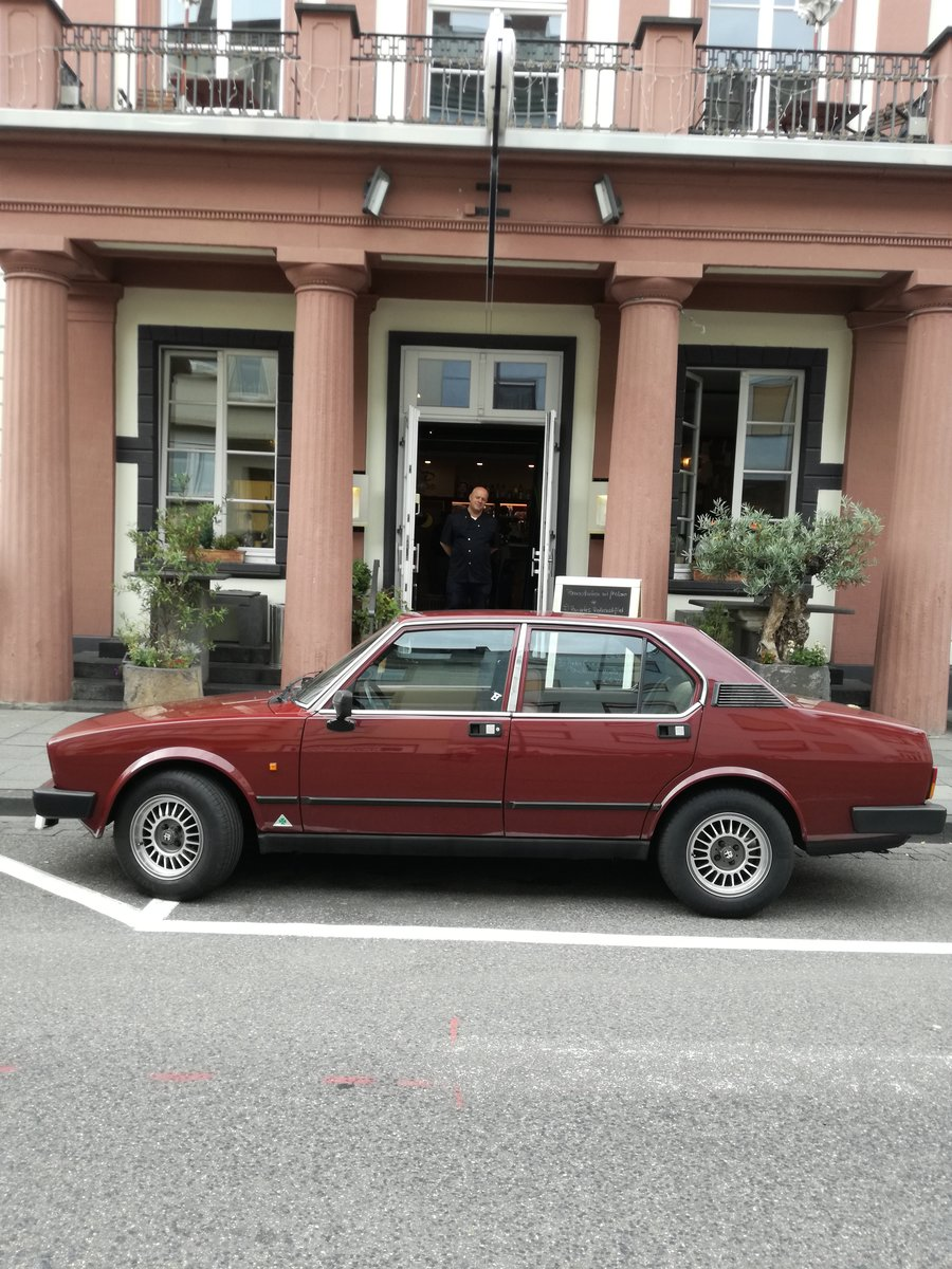 1982 Alfa Romeo Alfetta 2.0 taped to the asphalt-transaxle For Sale (picture 1 of 1)