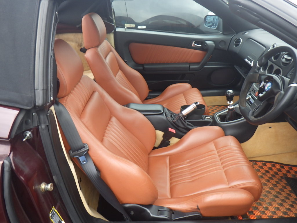 2004 ALFA ROMEO SPIDER 916 3.2 V6 24V MANUAL CONVERTIBLE For Sale (picture 3 of 5)