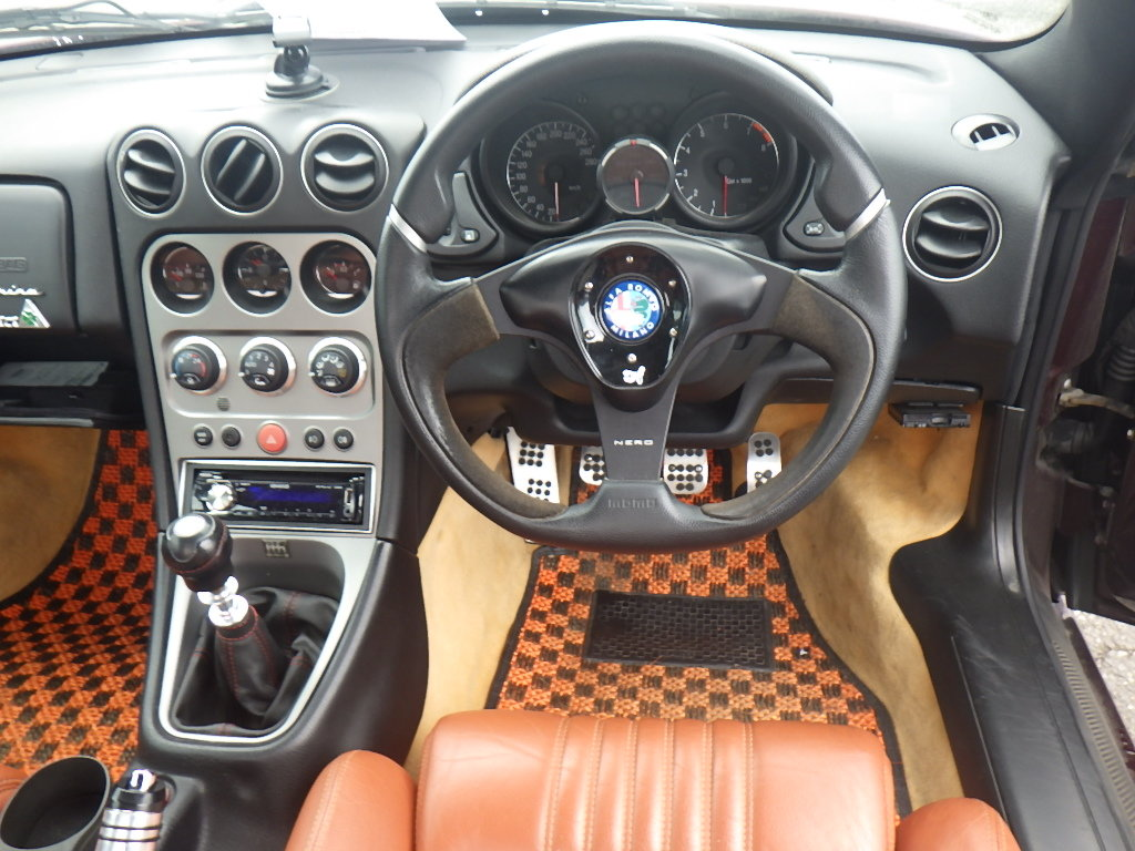2004 ALFA ROMEO SPIDER 916 3.2 V6 24V MANUAL CONVERTIBLE For Sale (picture 4 of 5)