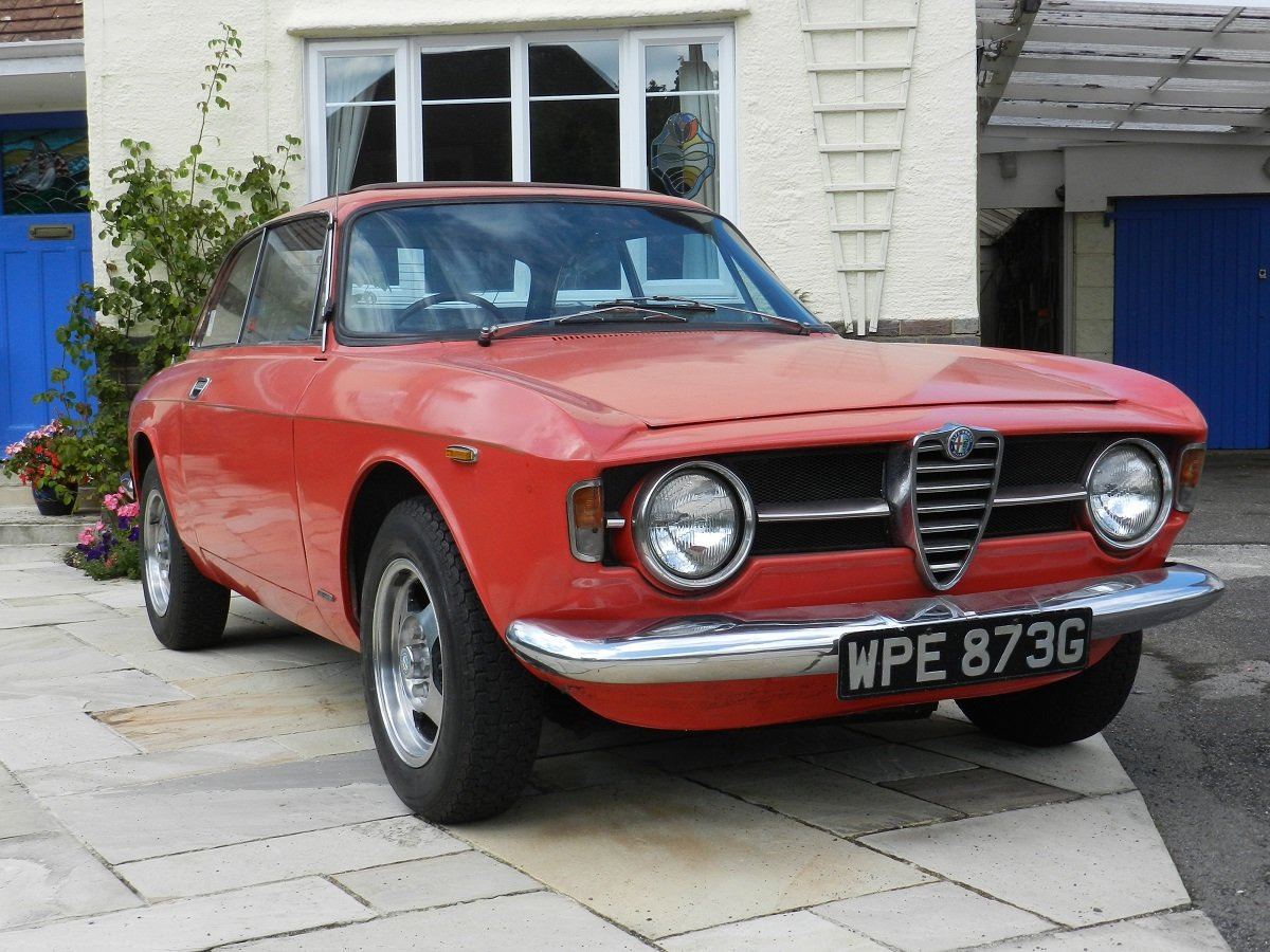 Alfa Romeo 1300 GT Junior 1968 - To be auctioned 25-10-19 For Sale by Auction (picture 1 of 6)