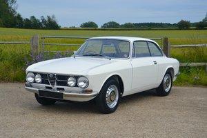 1968 Alfa Romeo 1750 GTV Mk1 RHD