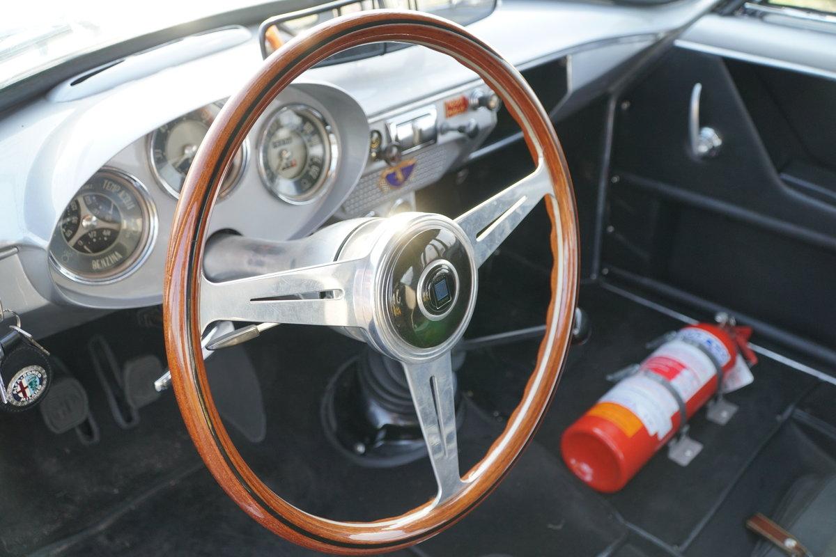 1957 Alfa Romeo Giulietta Sprint Veloce Alleggerita For Sale (picture 4 of 6)