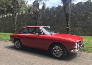 1968 UK supplied RHD Alfa Romeo 1750 GTV For Sale