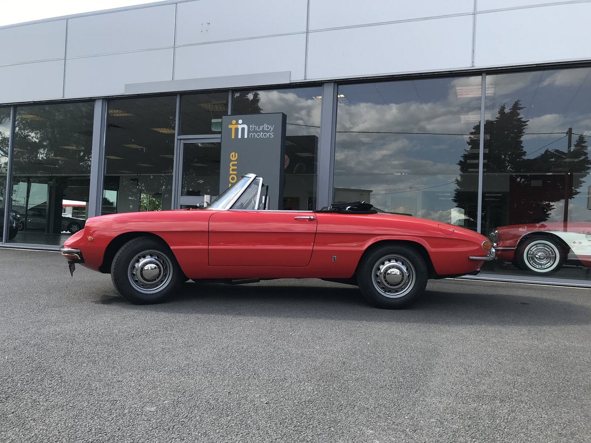 1970 Alfa Romeo Spider 1300 Junior (Roundtail) For Sale (picture 3 of 5)