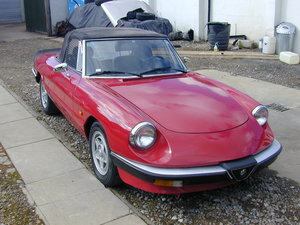 1988 ALFA SPIDER CLASSIC PROJECT - LHD - EX JAPAN RUST FREE CAR!  For Sale