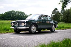 1965 Alfa Romeo Gilulia Sprint GT
