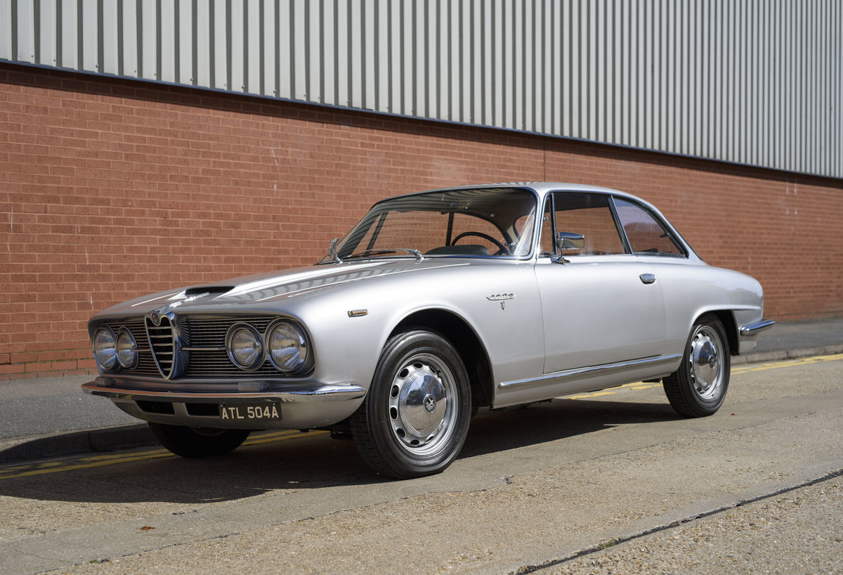 1963  Alfa Romeo 2600 Sprint Coupe By Bertone (LHD)  For Sale (picture 1 of 22)